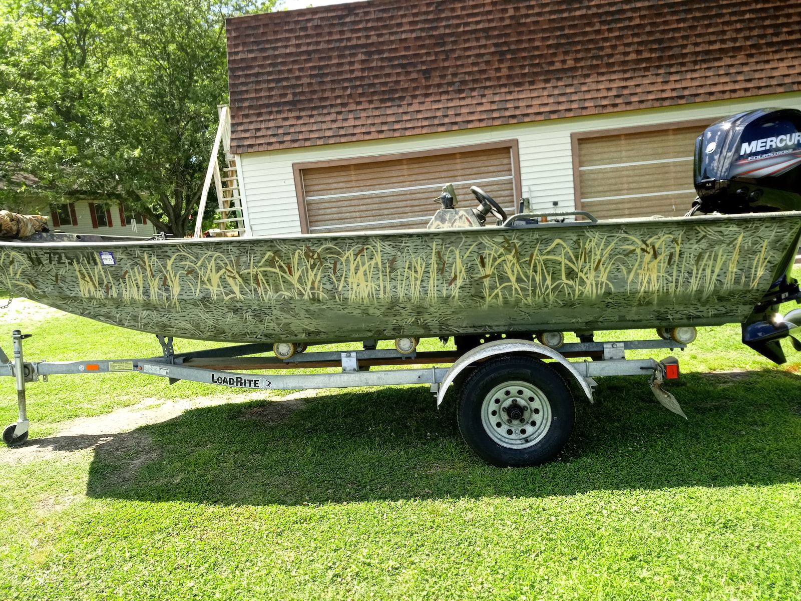 Side view of Duck Blind Camoflage painted in Goldenrod Marsh paint from MyPerfectColor